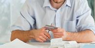Instituição financeira deve restituir valores e indenizar consumidor que teve cartão furtado