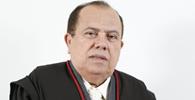 Desembargador do Ceará, filho e advogados são condenados por comércio de decisões